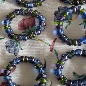 Other - Set of 6 beaded napkin rings